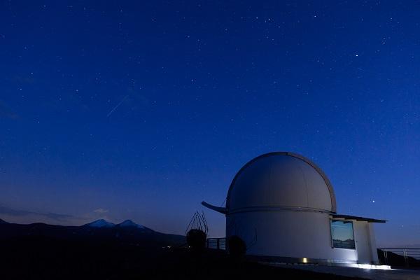 Αστεροσκοπείο έναστρος ουρανός Εταιρεία Ανδρίων Επιστημόνων 600x400.